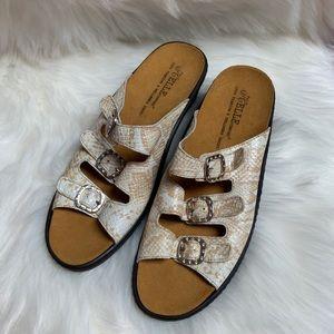 Helle Comfort slide sandal sz 41 GUC snake print
